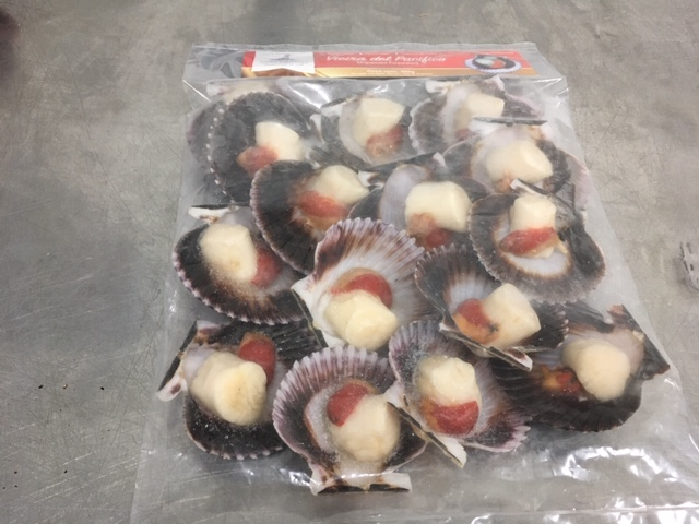 Scallops Half Shell with Roe Peru